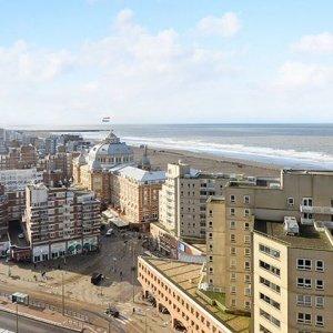 Scheveningen. Het blijft toch het fijnste stukje Den Haag om te wonen. Helemaal met zo'n vrij uitzicht! 🖤